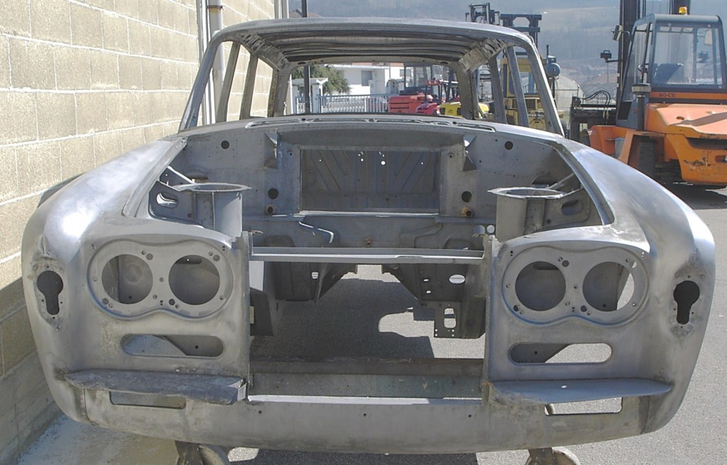 Rolls Royce Silver Shadow Estate Wagon sverniciatura scocche auto restauro sverniciatura scocche auto restauro auto restauro auto epoca