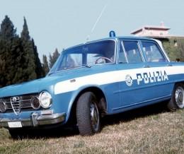 I grandi miti non muoiono mai: la storia dell'Alfa Romeo Giulia